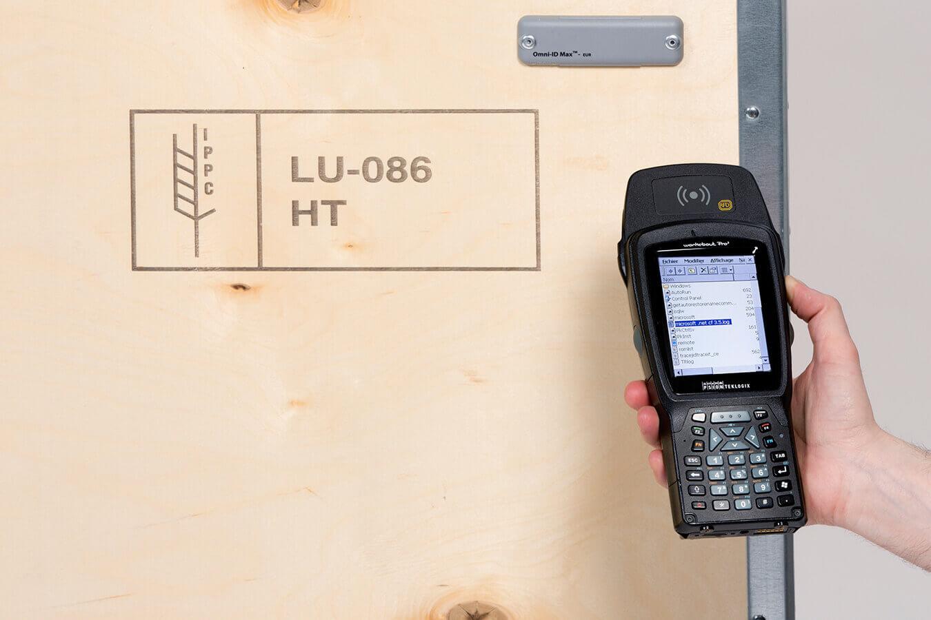 Tous les emballages industriels réalisés par AllPack Services peuvent être équipés d'un système d'identification par radiofréquence (RFID)